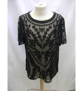 Oasis Top - Size: 12 - Black