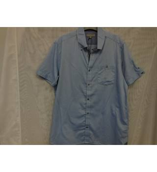 Ted Baker Man's Shirt, size 4, blue. Ted Baker - Size: M - Blue - Short sleeved