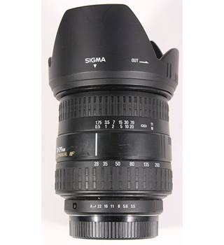 Sigma telephoto AF 28-200 f3.5-f22 zoom lens with hood Pentax fit