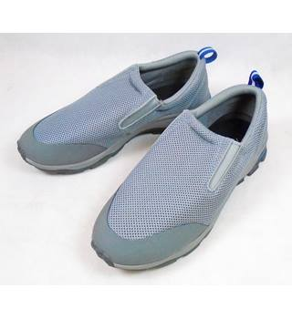 BNWOT Lands' End Size 8 Grey & Blue Slip On Trainers