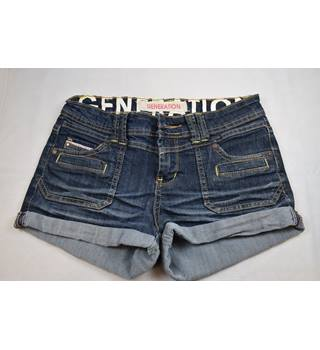 Denim shorts with stitching New Look - Size: XS - Blue - Hot pants