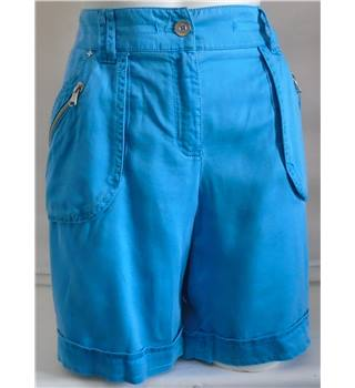 BNWT Apanage Collection size: 14 blue shorts