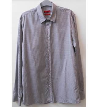Hugo Boss M Long Sleeved Checked Shirt