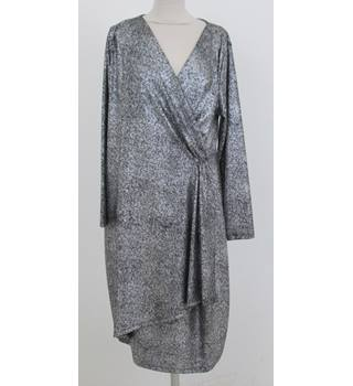 M&S Size:20 silver long-sleeved dress