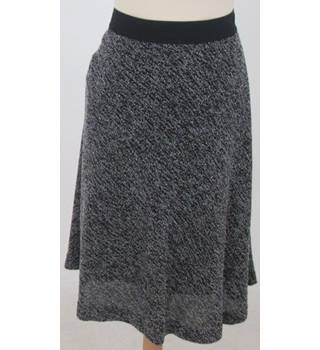 NWOT M&S Marks & Spencer - Size: 16 - Black & White Skirt