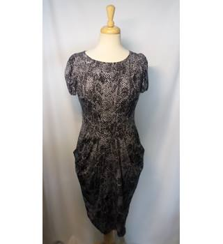 M&S Marks & Spencer - Size: 12 - Black - Knee length dress