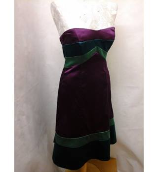 Stunning BNWT NEW Coast - Size: 10 - Multi-coloured sleeveless dress