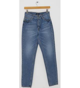 BNWT PIECES Medium Blue Denim Straight Leg Jeans Size S