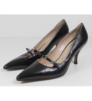 Barcarolle Smart Black Leather Shoes Size 5