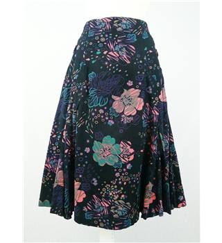 Fat Face - Size: 10 - Black with Blue, Green and Orange Floral Pattern Skirt