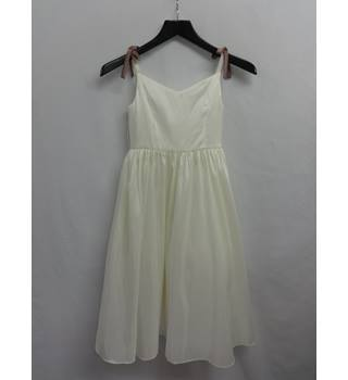 Alfred Angelo - Size: 7 - 8 Years - White - Evening dress