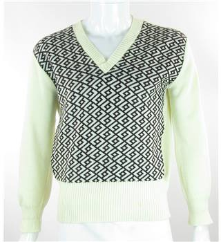Vintage Gransden of London - Size: L Cream with Brown Geometric Pattern Jumper