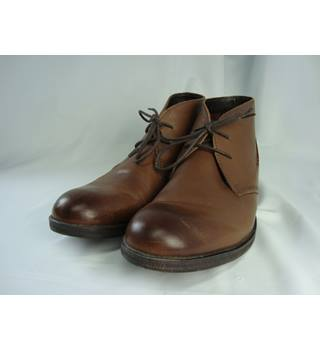 Clarks Brown Leather Ankle Boots - size 8