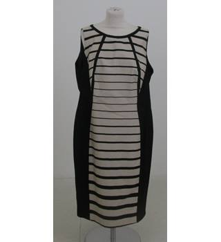 M&S Size:20 black & white striped sleeveless dress