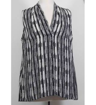 Next-Size 16-Black Mix-Sleeveless Top.