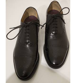 NWOT M&S Luxury collection size 6.5 black brogue shoes