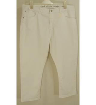 M&S Marks & Spencer - Size: 18 White Crop Super Skinny Trousers