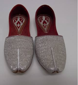 Unbranded - Size: 7 - Silver - Flat Handmade shoes