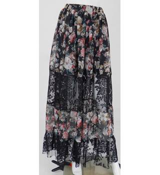 BooHoo Size 8 Black Multi Coloured Lace Panelled Maxi Skirt