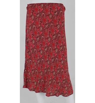 M&S Size 14 Red Patterned Trumpet Skirt
