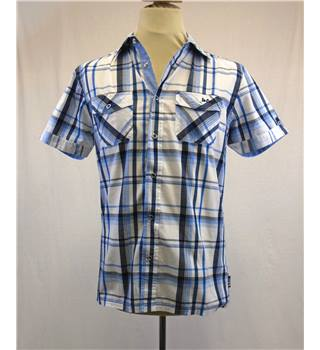 BNWT Lee Cooper Size S - White & Blue Check Short Sleeved Shirt