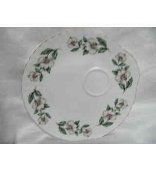 Crown Staffordshire Plate Wildrose.