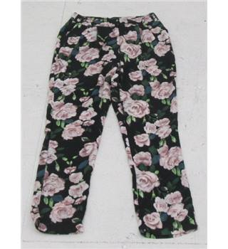 Missguided size: 10 black mix flowery slim fiit trousers