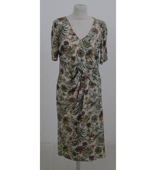 M&S Size:12 cream floral afternoon dress