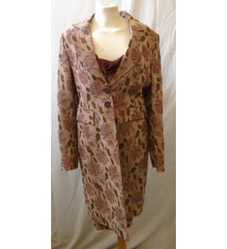 Karen Millen - Size: 12 - Vintage Dusty Pink  floral jacket dress suit