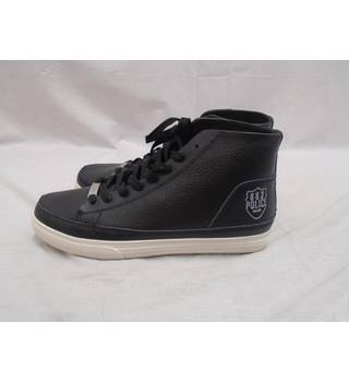 BNWOT 883 Police Black Trainers - Size 8