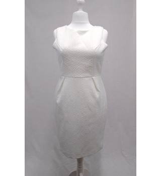 Therapy BNWT - Size 14 - White Floral Jacquard Dress