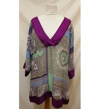 Etro Silk Long Blouse Etro - Size: M - Multi-coloured