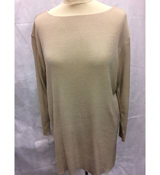Marks and Spencers - Size:16 - Beige - Top M&S Marks & Spencer - Size: 16 - Beige