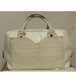 Women's Handbag M&S Marks & Spencer's Limited Edition M&S Marks & Spencer - Size: One size - White - Handbag