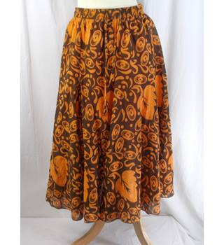 Rave - Size 12 - Dark Brown and Orange Skirt