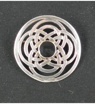 Sterling Silver Celtic Double Eternal Knot Brooch - Hallmarked Brimingham 1993 PEB - Size: Medium - Metallics