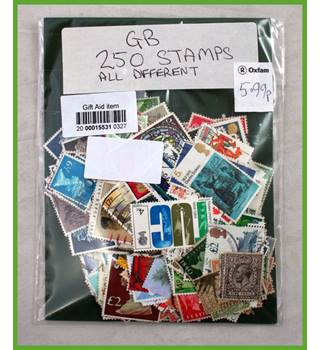 250 Great Britain stamps - all different