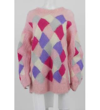 Hand Knitted by Margret Virgo Size: M Pink Jumper