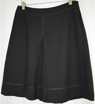 Whistles Black Flared Pleated Wool Skirt size 10 Whistles - Size: 10 - Black - Knee length skirt