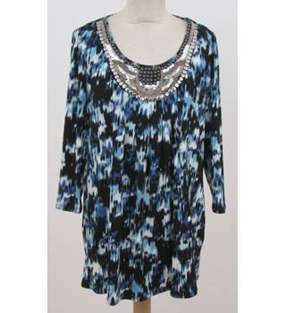 Unbranded - Size: M - Blue patterned embellished top