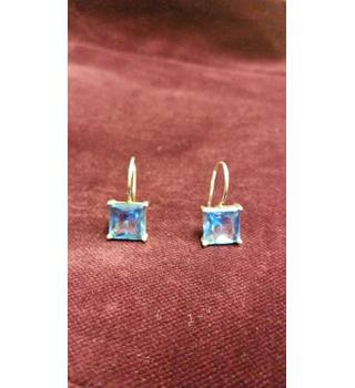 Blue topaz and sterling silver earrings. Unbranded - Size: 8mm x 8mm - Blue