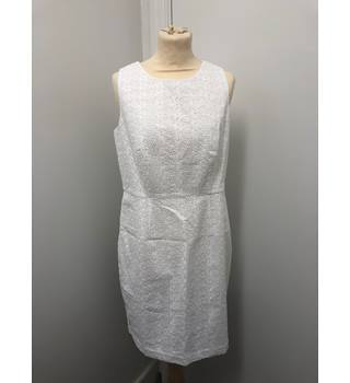 BNWT The White Company Broderie Shift Dress The White Company - Size: 14 - White - Knee length dress