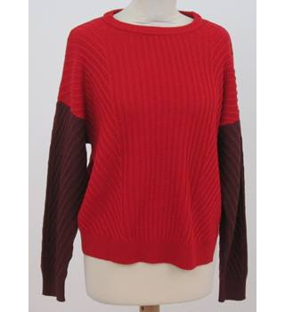 NWOT: M&S Collection: Size M: Red & burgundy ribbed jumper