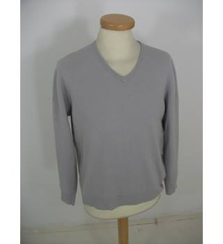 M & S Autograph Size Medium Light Grey, V-Neck Cashmere Jumper