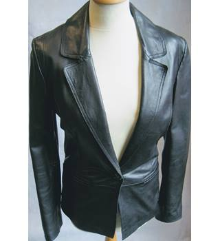 Reiss black leather fitted jacket XS Reiss - Size: XS - Black - Smart jacket / coat
