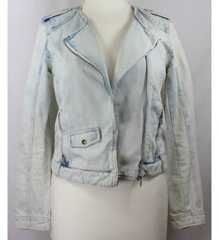 "Zara - Size: S - 36"" bust - Faded Light Blue Denim - Ladies' Casual Jacket"
