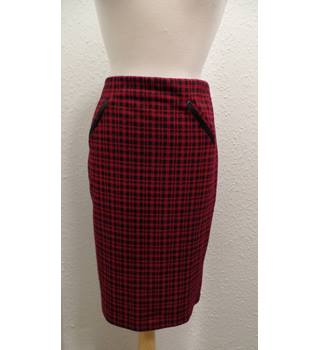 Dorothy Perkins skirt Dorothy Perkins - Size: 16 - Red