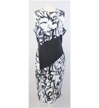 ASOS size 16 black & white abstract print sleeveless dress