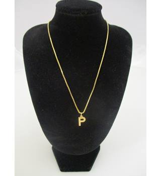 "9 Carat Gold Chain with ""P"" Pendant"