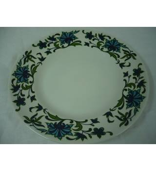 Side plate by Midwinter